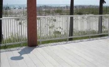 Fiberglass Decking for Salt Water Environments – STRONGDEK