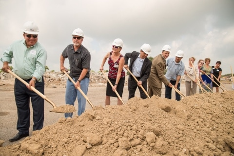 FHLB Dallas, Wells Fargo Representatives Celebrate Groundbreaking of Glenoak Apartments in Corpus Christi, Texas