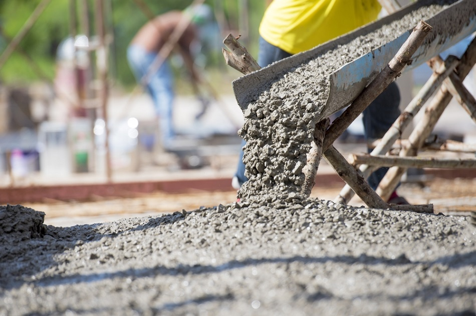 New Resilient Concrete Using Recycled Tires