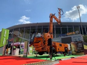 Zoomlion Unveils High-End Localized Mortar Production and Construction Products at CIIE